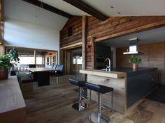Altholz als Wohnelement in der Küchenplanung