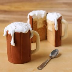 Root Beer Mug Cakes - Fun Family Crafts