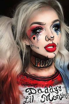 Are you looking for ideas for your Halloween make-up? Check out the post right here for cool Halloween makeup looks. Amazing Halloween Makeup, Halloween Makeup Looks, Halloween Costume Makeup, Awesome Makeup, Zombie Costume Women, Scarecrow Makeup, Costume Wigs, Maquillage Harley Quinn, Makeup Clown