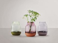 muuto-the-elevated-vase-by-thomas-bentzen-for-muuto-03.jpg (960×720)