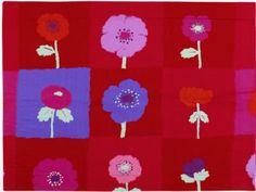 Le musée de l'Impression sur étoffes de Mulhouse expose à partir du 29 mai les œuvres récentes de la créatrice textile Zofia Rostad. L'occasion de dresser le portrait de cette artiste qui, ... #maisonAPart