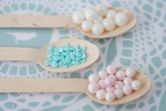 Make these pretty delicious bespoke hot chocolate spoons, ready to stir through hot milk. Experiment with these to your hearts content, then keep a supply in the fridge ready for a hot beverage of superior quality. Chocolate Spoons, Chocolate Dipped, Hot Chocolate, Candy Making, Unicorns, Mint, Hampers, Superior Quality, Experiment