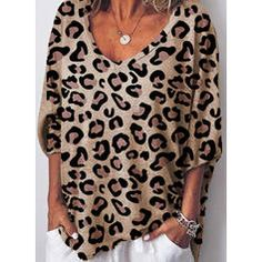 Casual Leopard Sleeves Polyester V-Neck T-shirts Blouses, veryvoga Casual T Shirts, Casual Tops, Half Sleeves, Types Of Sleeves, Look Con Short, Mode Chic, V Neck Blouse, Shirt Blouses, T Shirts For Women
