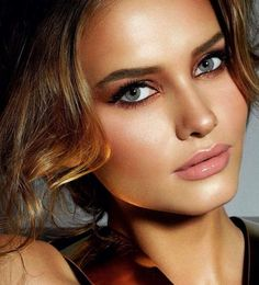 #MakeupByCharlotteTilbury