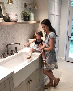 Ava deciding she'd like to sit in the sink... switch over to my instastories to see how that worked out #toddlerboss…