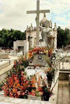 Cementerio Colon, Cuba