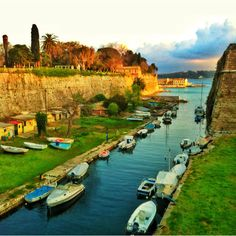 Beautiful photo of the old fortress in #Corfu