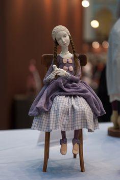 Doll in purple Clay Dolls, Doll Toys, Art Dolls, Fabric Dolls, Paper Dolls, Bjd, Paperclay, Little Doll, Doll Maker