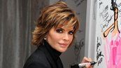 How Does Lisa Rinna Style Her Hair Lisa Rinna Haircut Lisa Renna Hairstyles Lisa Rhinna Hairstyles