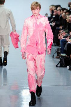 Lou Dalton | Fall 2014 Menswear Collection | Style.com ^~^stained pink total look!