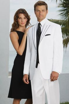 Rio Tuxedos by Perry Ellis. Rental Tuxedos fit perfect when you trust and authorized tuxedo store with your special occasion. Black Wedding Dresses, Wedding Suits, Wedding Attire, Wedding Tuxedos, Dress Wedding, White Tuxedo Wedding, Costume Blanc, Men Styles