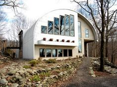 It's a steel: Eco-friendly Quonset hut upstate brings the outside in