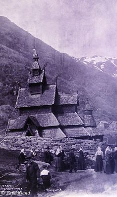 Sogn og Fjordane - Lærdal - Borgund stavkirke - I gamle dager Mount Everest, Mountains, Nature, Travel, Art, Naturaleza, Viajes, Destinations, Traveling