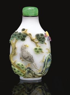 Ching Dynasty snuff bottle