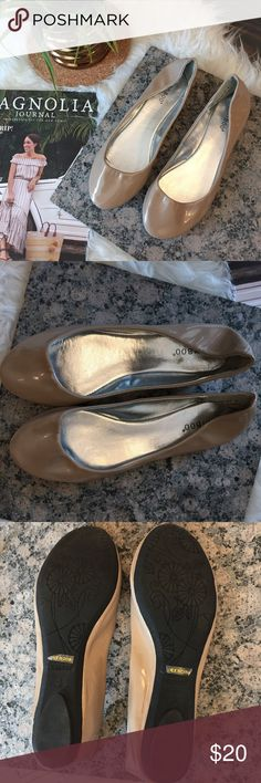 Nude Patent Ballet Flats Super simple and classic nude Patent faux leather Ballet Flats! Never worn - back of Flats folds over a bit when not on from having other shoes stored on them but looks fine when on! Not recommended for wide feet Lulu's Shoes Flats & Loafers