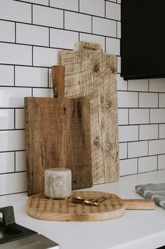 "DIY aged breadboards 2 ways: food safe and decorative only. How I made my ""antique"" cutting boards and tips to make them food safe. Plus I'm sharing the all natural food safe stain I tried on my breadboards. Easy diy wood project for beginners. How to make your own cutting boards look old. 