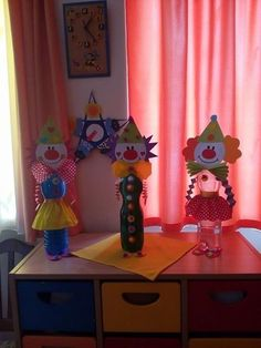 Clown Crafts, Circus Crafts, Carnival Crafts, Carnival Themed Party, Circus Theme, Diy And Crafts, Arts And Crafts, Paper Crafts, Clown Party