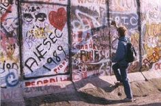 AIESEC in the Berlin Wall 1989