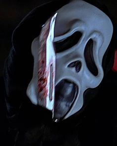 BROTHERTEDD.COM - Scream 2 (1997) Repost from @horrordaddydom Scream 2, Skull, Woodwind Instrument, Skulls, Sugar Skull