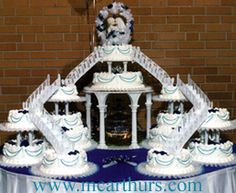 bridge wedding cakes with fountains. This is the wedding cake I want, maybe not so big but to have a fountain bridge cake for my wedding has been my dream since I start looking at wedding stuff when my sister Lolly got engaged. Large Wedding Cakes, Amazing Wedding Cakes, Elegant Wedding Cakes, Wedding Cake Designs, Wedding Ideas, Wedding Stuff, Amazing Cakes, Wedding List, Elegant Cakes
