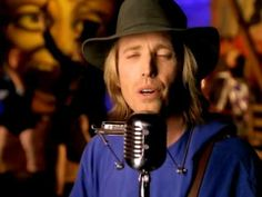 """Tom Petty - You Don't Know How It Feels """"Let's Roll Another Joint""""  OMG!  What a sexy man!"""