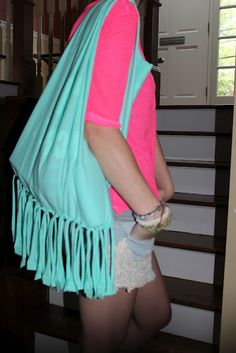 this looks fun and easy - maybe for our tie dye project @Kasie Mullins
