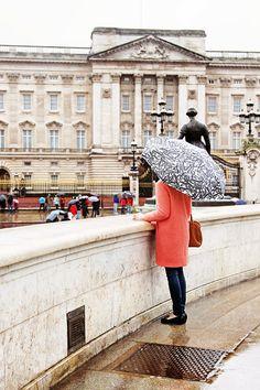 Buckingham stroll | Classy Girls Wear Pearls, January 2014