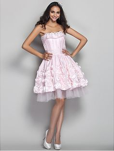 Prom/Homecoming/Cocktail Party/Holiday Dress A-line/Princess Strapless Knee-length Taffeta/Tulle Dress - http://www.aliexpress.com/item/Prom-Homecoming-Cocktail-Party-Holiday-Dress-A-line-Princess-Strapless-Knee-length-Taffeta-Tulle-Dress/32325729535.html