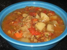 Crock Pot Manhattan Clam Chowder | A Kitchen Canvas