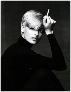Linda Evangelista by Patrick Demarchelier  http://www.sevendays-in.com/