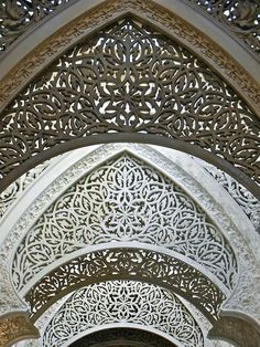 Stone lace, Palace of Monserrate, Sintra, Portugal taken April this palace was one of my main reasons for travelling to Lisbon Islamic Architecture, Amazing Architecture, Art And Architecture, Architecture Details, Sintra Portugal, Spain And Portugal, Decoration Design, Islamic Art, Portuguese