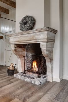 Fantastic Images Stone Fireplace surround Ideas Stacked stone fireplaces are und…, – Stone fireplace living room Farmhouse Fireplace, Home Fireplace, Brick Fireplace, Living Room With Fireplace, Fireplace Design, Fireplace Ideas, Limestone Fireplace, French Country Fireplace, Antique Fireplace Mantels