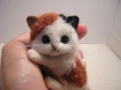 OOAK by Artist Kanzasi*kitten*Japanese cat*Miniature Needle Felted