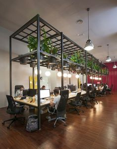 In Barcelona, Studio Lagranja Have Created An Airy, Plant Filled Office  Space For Start Up U0027typeformu0027, Based On Ideals Of Fresh Air And Free  Mobility.