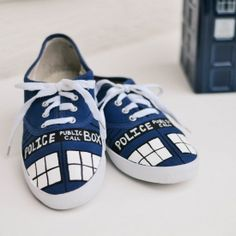 How to paint your own TARDIS shoes! I always wanted to know how to do this.