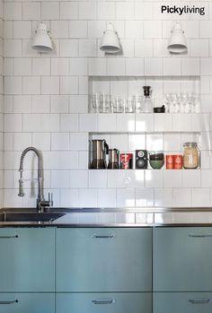 Home Decor Kitchen, Kitchen Interior, Home Kitchens, Kitchen Dining, Kitchen Cabinets, Beautiful Kitchens, Dining Area, Interior Inspiration, Kitchen Remodel