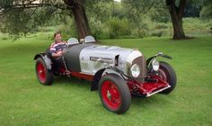 Photos of vintage Bentleys before, during and after coachwork, panelling & new bodies incl. a Special, Speed Six & Twin Turbo by DMark Concepts Vintage Cars, Antique Cars, Panelling, Twin Turbo, Photo Galleries, History, Historia, Paneled Walls, Wainscoting