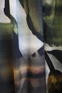 Stunning oversized printed curtain fabric by Cachet. Curtain: Metz, Cachet by Holland Haag Curtain Fabric, Curtains, Metz, Holland, Printed, Interior, Painting, Inspiration, Design