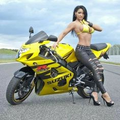 Roar & Lizzy: A Forever Kind of Love (Slag Motorcycle Club Book Lady Biker, Biker Girl, Motard Sexy, Motorbike Girl, Motorcycle Gear, Dirt Bike Girl, Hot Bikes, Biker Chick, Car Girls