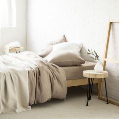 Taupe verwassen linnen lakens en slopen - Lakens en Hoezen - Bed   Zara Home…