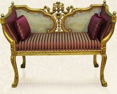 Looooove this Versailles Gilt Settee. Rococo Furniture, Royal Furniture, Classic Furniture, Living Furniture, Upholstered Furniture, Furniture Design, Sofa Seats, Couches, Home Sofa