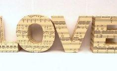 tutta un'altra musica …… ti riciclo gli spartiti musicali