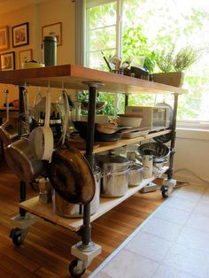 DIY butcher block from http://www.apartmenttherapy.com/chriss-sunny-garden-apartment-157620