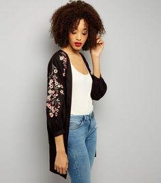 Tall Black Floral Embroidered Kimono | New Look