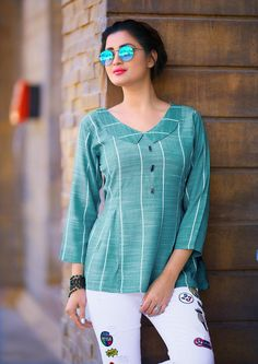 Ladies Flavour Manufacture 2019 beautyfull Collage Girl Short western tops buy at catalog fashion mart in Surat. Short Kurti Designs, Salwar Neck Designs, Kurta Neck Design, Kurta Designs Women, Blouse Designs, Stylish Tops For Girls, Trendy Tops For Women, Cotton Tops For Jeans, Ladies Cotton Tops
