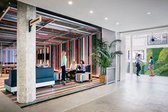 10 самых интересных офисов 2015 года по версии издания Inc — Офисы Warner Music, Airbnb и екатеринбургский коворкинг «Соль»