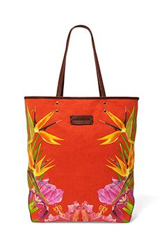 What a fun bag to have for the summer!  Especially us landlocked girls with a beach soul!