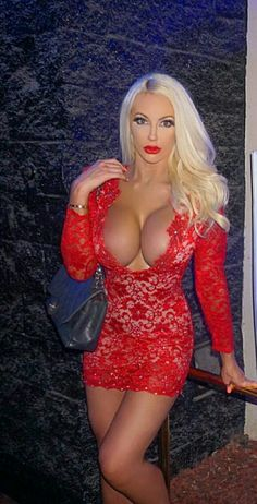 1000 images about vrouwen in rood on pinterest hot sexy babes