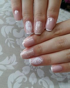 Frensh Nails, Bling Nails, Nude Nails, Different Nail Designs, Short Nail Designs, Nail Art Designs, Nail Spa, Manicure And Pedicure, Feather Nail Art