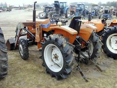 Hinomoto E264 tractor salvaged for used parts. This unit is available at All States Ag Parts in Black Creek, WI. Call 877-530-2010 parts. Unit ID#: EQ-25291. The photo depicts the equipment in the condition it arrived at our salvage yard. Parts shown may or may not still be available. http://www.TractorPartsASAP.com